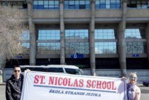 Naš vrhunski stonoteniser i polaznik naše škole Vladimir Jakovljević u Madridu ( gradu u kome je dugo živeo i igrao stoni tenis).